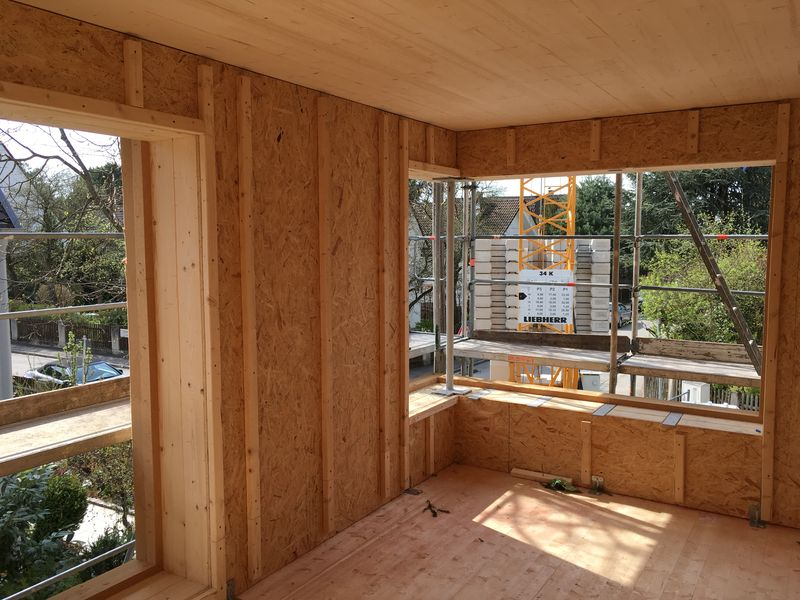 doppelhaus aus holz feiert richtfest ediundsepp lang hugger rampp. Black Bedroom Furniture Sets. Home Design Ideas